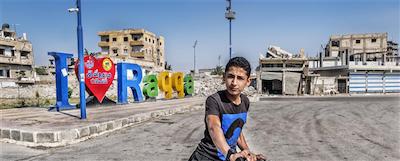 fototentoonstelling 11.11.11: Raqqa, een stad die weer voorzichtig haar gezicht toont.