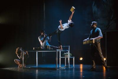 Festival UP! 2020 - De Sueur et d'Encre – Barcode Circus Company - © Janhromadko