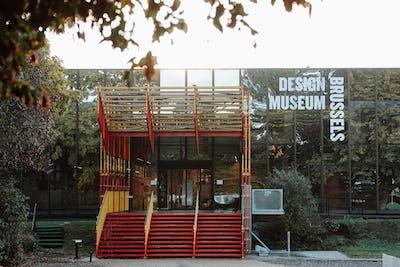Design Museum Brussels – façade musée – Liophotography
