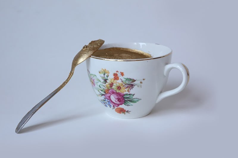 Elke Andreas Boon - 'In convenience we trust' The Cup #2, 2019 Plate, spoon, gold plated 7 x 7 cm