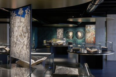 Zaalzicht tweede verdieping KBR museum Ⓒ KBR