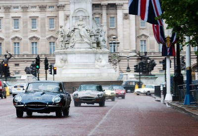 Cars&Coffee - Special Jaguar E-type
