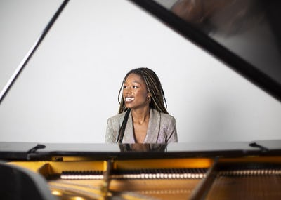 Bozar Next Generation: Isata Kanneh-Mason - Rising Star Birmingham Town Hall & Symphony Hall