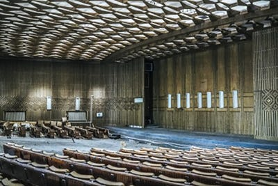 Sala Omnia, former space of the Romanian Communist Party, future permanent space of The National Dance Centre Bucharest. Photo credit: Cristian Crisbășan