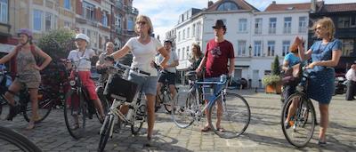 Bruxelles : entre vie monastique et vie de château