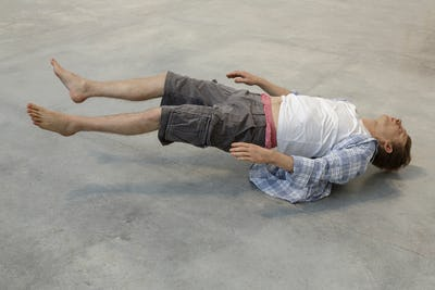 Tony Matelli Josh 2010  © Tony Matelli Courtesy of the artist and Institute for Cultural Exchange, Tübingen